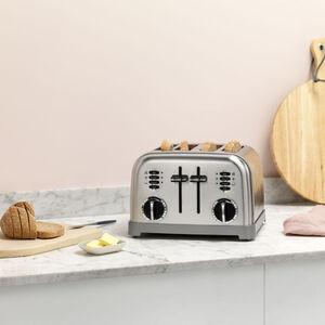 4-Schlitz Toaster